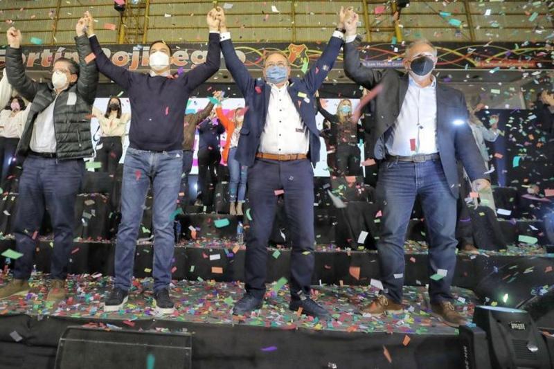 Paliza al peronismo en Corrientes: fue reelegido Valdes con más del 70% de  los votos